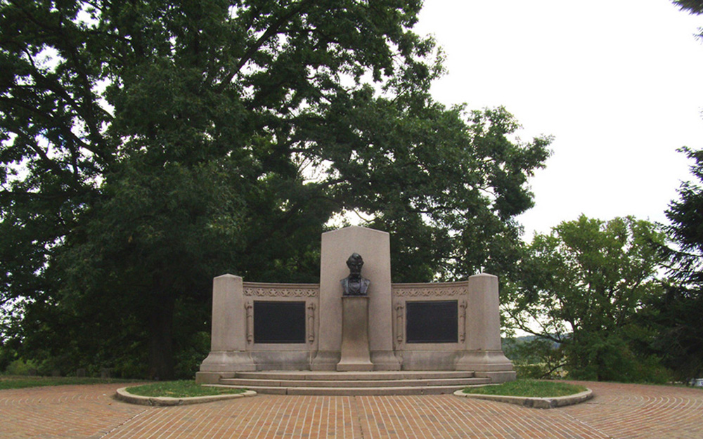 Monument  of Abraham Lincoln's Gettysburg Address at Gettysburg National Cemetery.